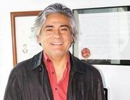 Dr. Víctor Hugo Ruiz Ortiz